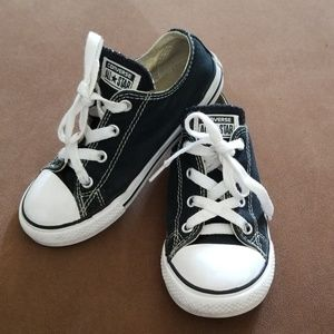 Toddler Converse Size 10